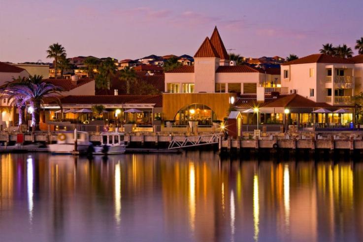 Mindarie Marina Hotel and Villas
