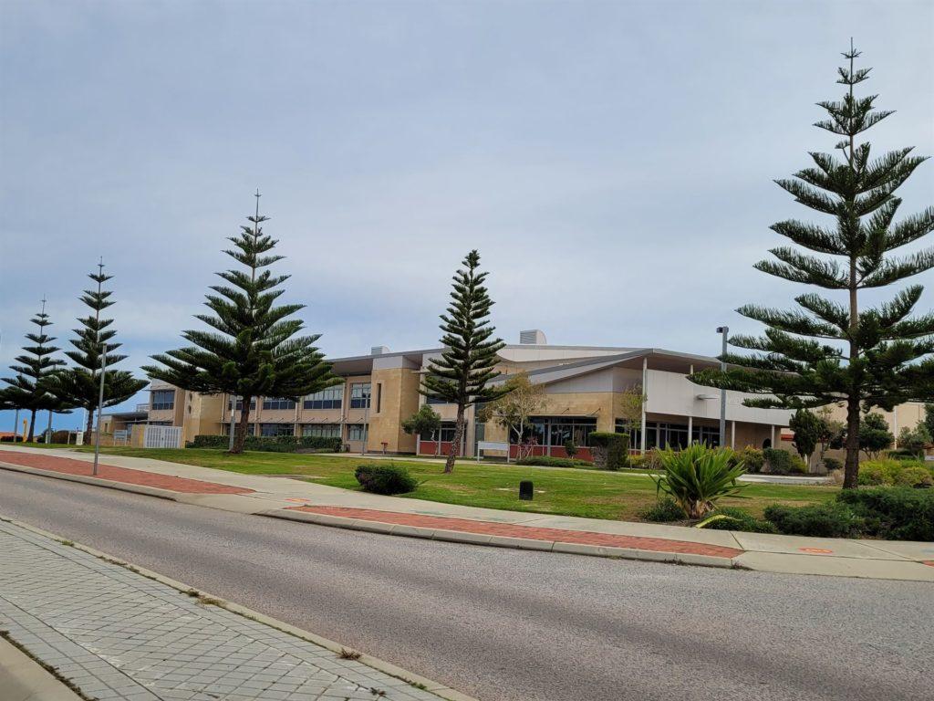Mindarie Peter Moyes School corner